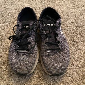 Used women's under at our tennis shoes